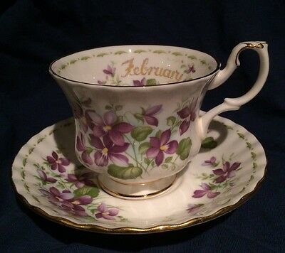 ROYAL ALBERT Bone China Flower of the Month Cup & Saucer FEBRUARY - VIOLETS