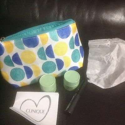 Clinique Gift Set /3-Items +Bag/Festival/HOLIDAYS/BIRTHDAY/Party/New/Ideal gift.