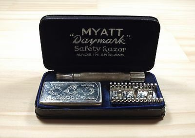 Vintage Myatt Daymark Safety Razor Set Early Patent Applied For Made in England