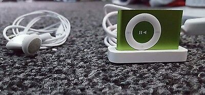Apple iPod Shuffle 2GB 5th Generation Green 15 hours Battery Life 3.5 mm Jack