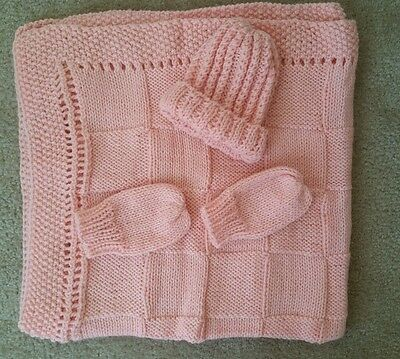 hand-knitted beautiful Bernet baby blanket and hat+mittens(sherbet pink)