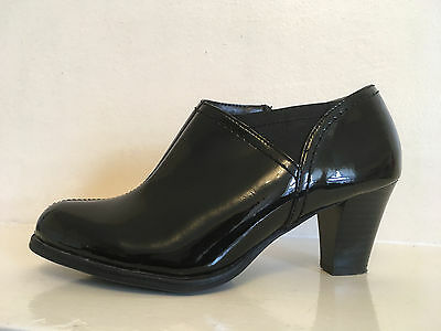Clarks Black Faux Leather Patent Ankle Boots Womens Uk Size 4