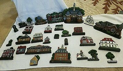 Village set fire station etc lot of 29  flat vintage houses 1988 1987 (upstclo)