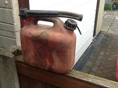 RED PLASTIC PETROL CAN 5litre