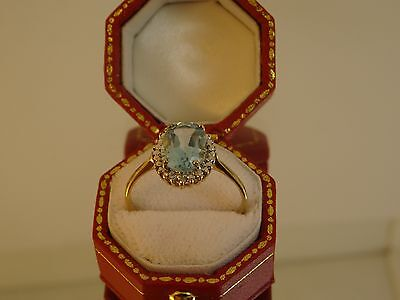 Lovely 9ct Yellow Gold BLUE TOPAZ & DIAMOND Cluster Ring Size P Hm BR3