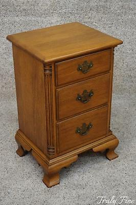 KLING Solid Golden Mahogany Nightstand Side End Table Night Stand Antique