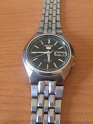 Seiko 5 automatic watch 7s26 vintage in good condition