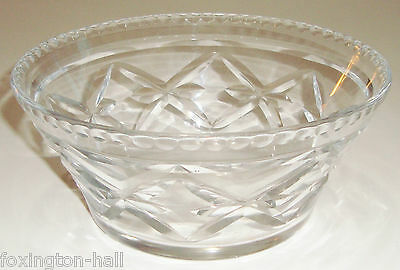 A BEAUTIFUL VINTAGE CRYSTAL BOWL - heavy old piece