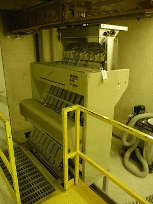 Satake scanmaster color sorter Model SM-800IE 8 lane unit