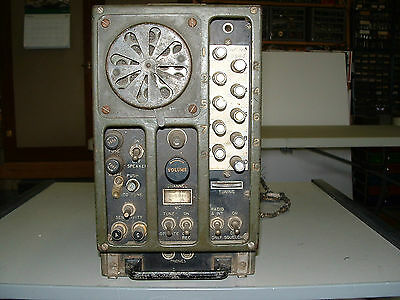 BC-683-A RADIO RECEIVER  WW-II  RADIO SET with AC POWER SUPPLY