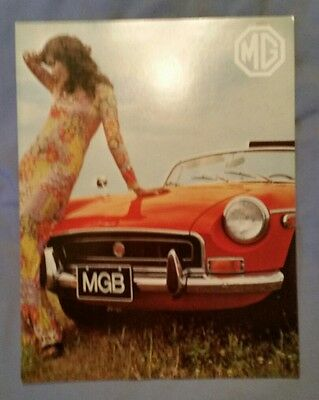 Vintage 1971 MG MGB Roadster Brochure Austin Race Picture 6 Pgs British Leyland