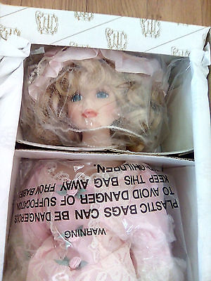 """Heritage Signature Collection """"savannah-Southern Romance"""" Porcelain Doll-16""""-New"""