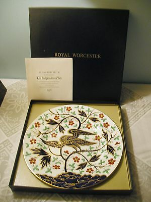 """Antique Royal Worcester 1976 """"The Independence Plate""""  #7,383 new in Box!!!"""