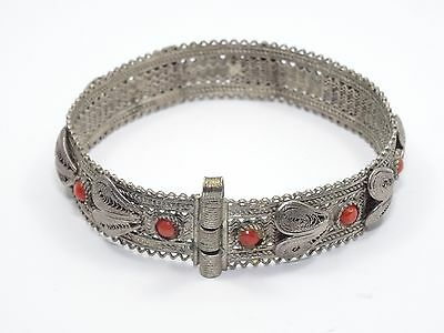 ANTIQUE CHINESE FILIGREE SILVER w/ CORAL BRACELET 老銀手鐲