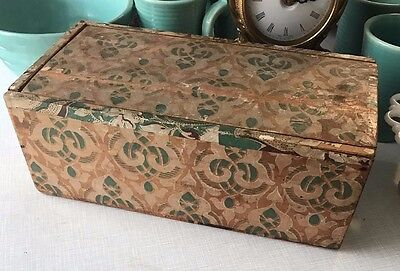Antique Early American Wallpaper Wrapped Candle Band Box Primitive Folk Art