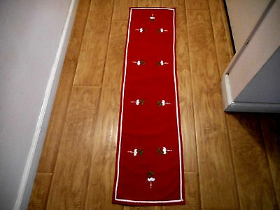 Vintage Christmas Table Runner 12 x 48 Embroidered White Flowers on Red