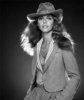 Lindsay Wagner 8x10 to 24x36 Photo Poster Canvas Wall Adhesive by LANGDON HL328