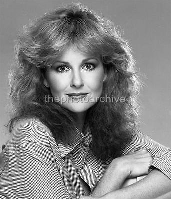 SHELLEY FABARES 8x10 to 24x36 Photo Poster Canvas Wall Adhesive by LANGDON HL135