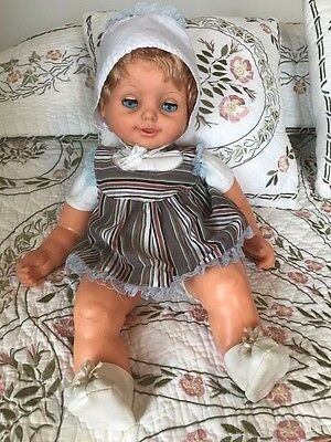 "Real Newborn 22"" Handmade Lifelike Baby Doll with Clothes and Doll Carrier"