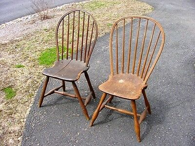 WO PERIOD AMERICAN WINDSOR BOWED BACK CHAIRS in NH