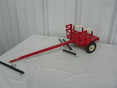 Vintage Style Horse Drawn 2-Seater Forecart Farm Pioneer CASE IH RED