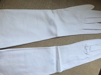 """VINTAGE Ladies White Kid Leather Opera Long GLOVES 15"""" from Spain Sz 8"""