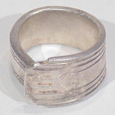Vintage handmade spoon handle ring, silver plate, Art Deco style pattern, size 6