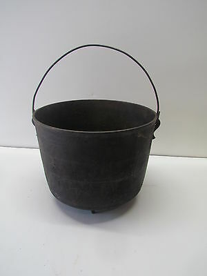 Vintage #18 Cast Iron COWBOY KETTLE Cauldron 3 Legged Bean Pot Dutch Oven