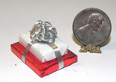 Dollhouse Miniature Gift Present Double Birthday White Red with Bow 1:12