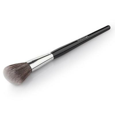 Fond d'écran maquillage professionnel Kabuki Makeup Brush Foundation
