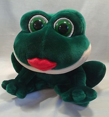 "Russ SMOOCHES Kissing Frog Plush Stuffed 10"" New with Creased Tags Red Lips"