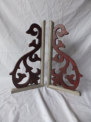 Vintage Pair Wooden Corbels Shabby Porch Cottage Chic Gingerbread 9x17 172-17P