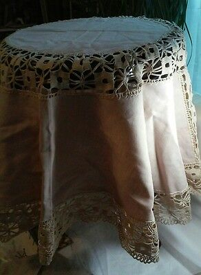Antique Natural Cotton & Lace Round Tablecloth