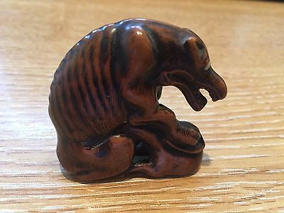 GENUINE ANTIQUE JAPANESE CARVED WOODEN NETSUKE JACKAL WITH HARE 17/18th CENTURY