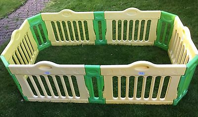 Baby Vivo play pen 2m x1.1m, good condition, good for use inside or outside