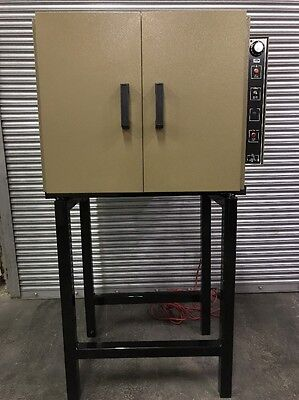QL Quincy Lab Bench Oven Model 21-250 Table / Stand Included Industrial Science