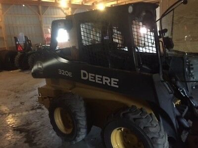 2013 John Deere 320 Skid Steer Loader