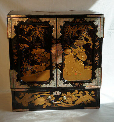 Japanese lacquer jewelry box cabinet sage-dansu, Meiji period c1880 birds gold