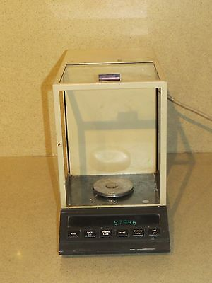 Denver Instrument Co Analytical Balance