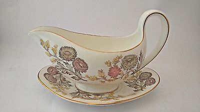Wedgwood Lichfield W4156 Gravy Boat and Underplate / Tray