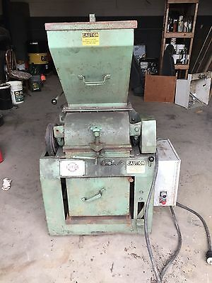 Holmes hammer mill 401 XL For Wood Pellet Press Preparation. Price reduced!!!