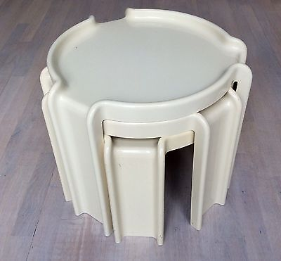 Italian Designer Nest Of 3 Tables By Giotto Stoppino, Kartell, 1968-70
