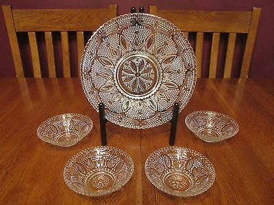 Lovely Vintage Federal Glass Heritage Clear Glass Berry Bowl Set Beaded Floral