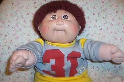 1984 Vtg CABBAGE PATCH Kid Boy DOLL BROWN Hair FOOTBALL OUTFIT+BOX