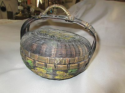 ANTIQUE CHINESE SEWING BASKET w HANDLE PAINTED DESIGN NEAT!!