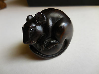 Artist signed antique Netsuke wood hand carved Mouse