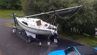 Sail Boat Thame Snapdragon 600 19.8'  with Sails & Trailer in good condition