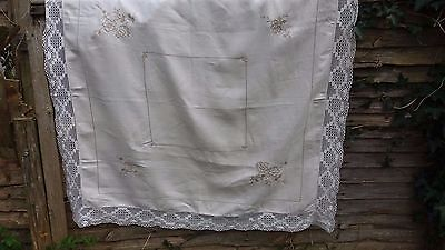 """Vintage large linen floral embroidery tablecloth beautiful lace 51 x 52"""""""