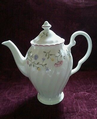 Johnson Brothers SUMMER CHINTZ Coffee Pot - Made in England - FREE U.S. SHIPPING