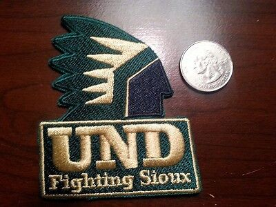 UND University of North Dakota Fighting Sioux RARE Vintage Embroidered  Patch AA